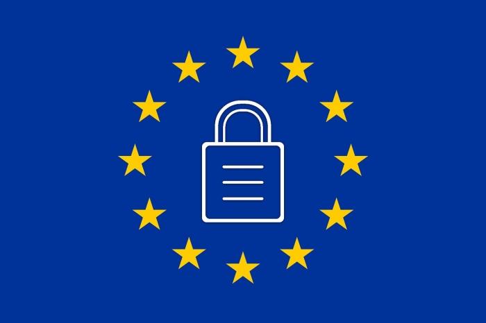 simbolo di un lucchetto sullo sfondo della bandiera europea