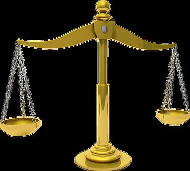 Bilancia che indica la legge