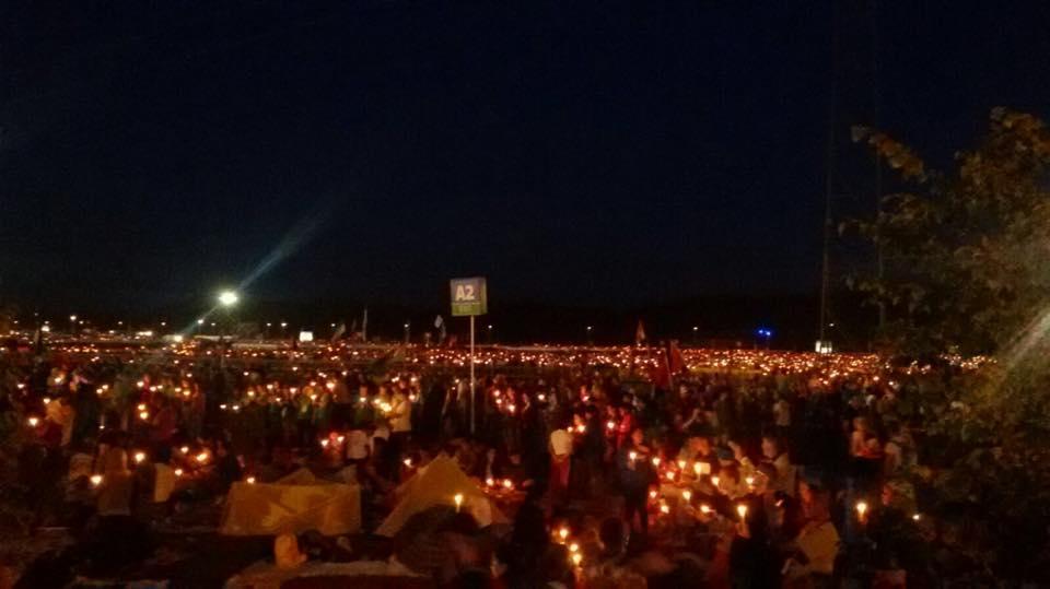 giovani del MAC alla grande veglia notturna delle ultime GMC  a Cracovia