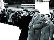 foto di Don Brugnani con il presidente Pettinelli
