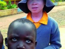 immagine di ragazzi delle scuole nei paesi  poveri