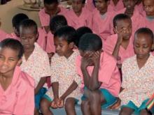 immagine di  bambini con disabilità visiva  in Burkina Faso