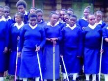 ragazze in foto con la suore del centro Irene di Munithu