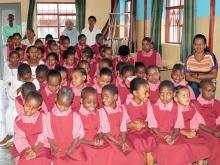 Bambini della scuola in foto