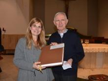 Consegna Premio Brugnani in parrocchia anni precedenti